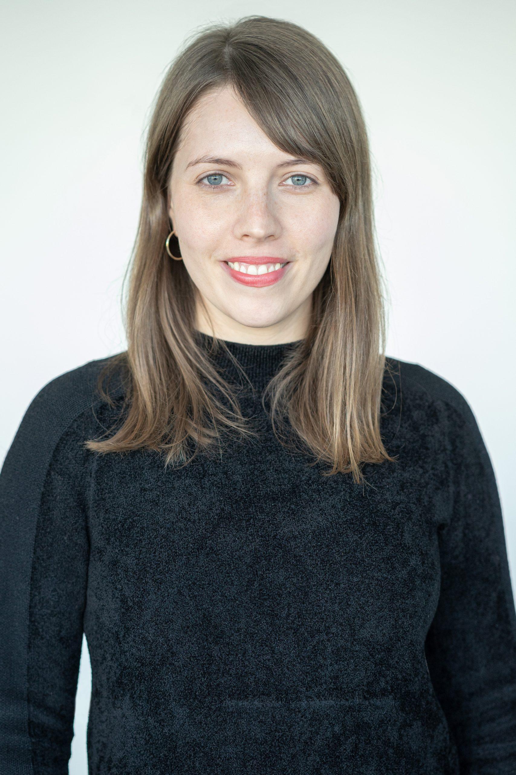 Dr. Anna-Carlotta Zarski