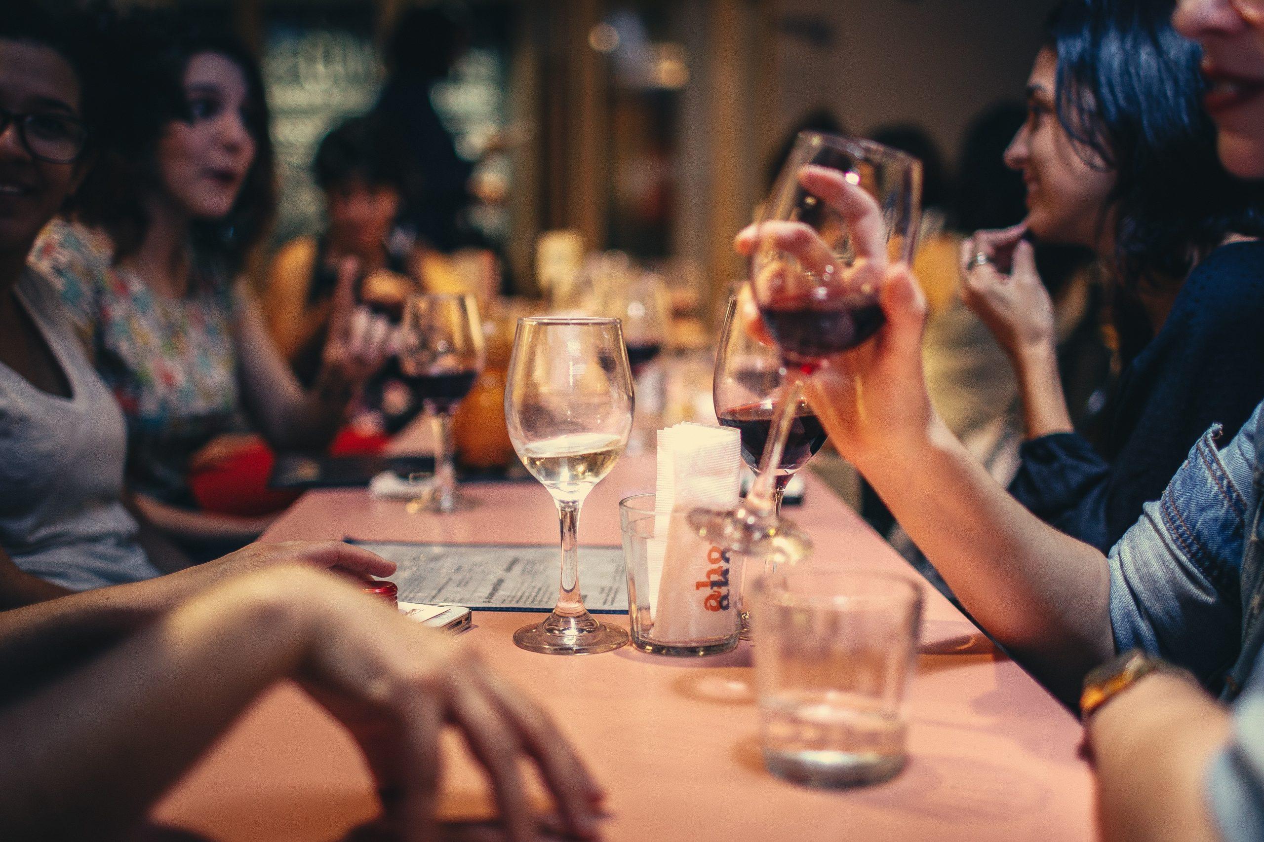 Alkoholverzicht im Alltag – wie kann ich Alkohol ablehnen?