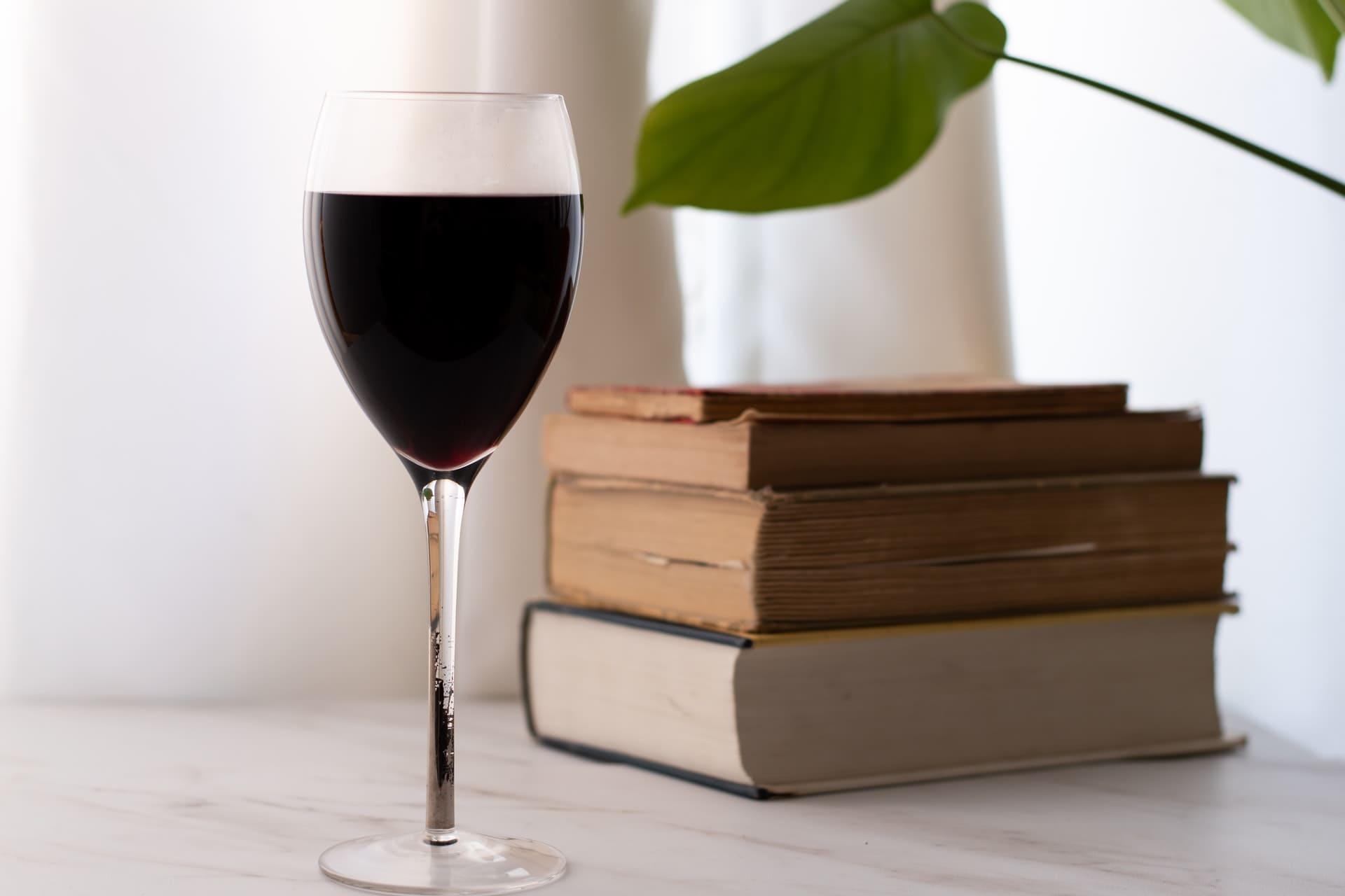 Titelbild: Jeden Tag ein Glas Wein